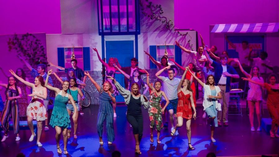Saugus+High+School+Theater+performing+their+2019+spring+musical+Mamma+Mia.